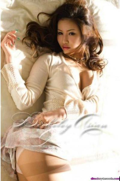 Miwako, 20 years old Japanese model escort