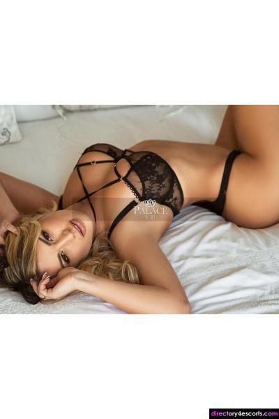 Alexandra - A gorgeous Eastern European Blonde based in Chelsea