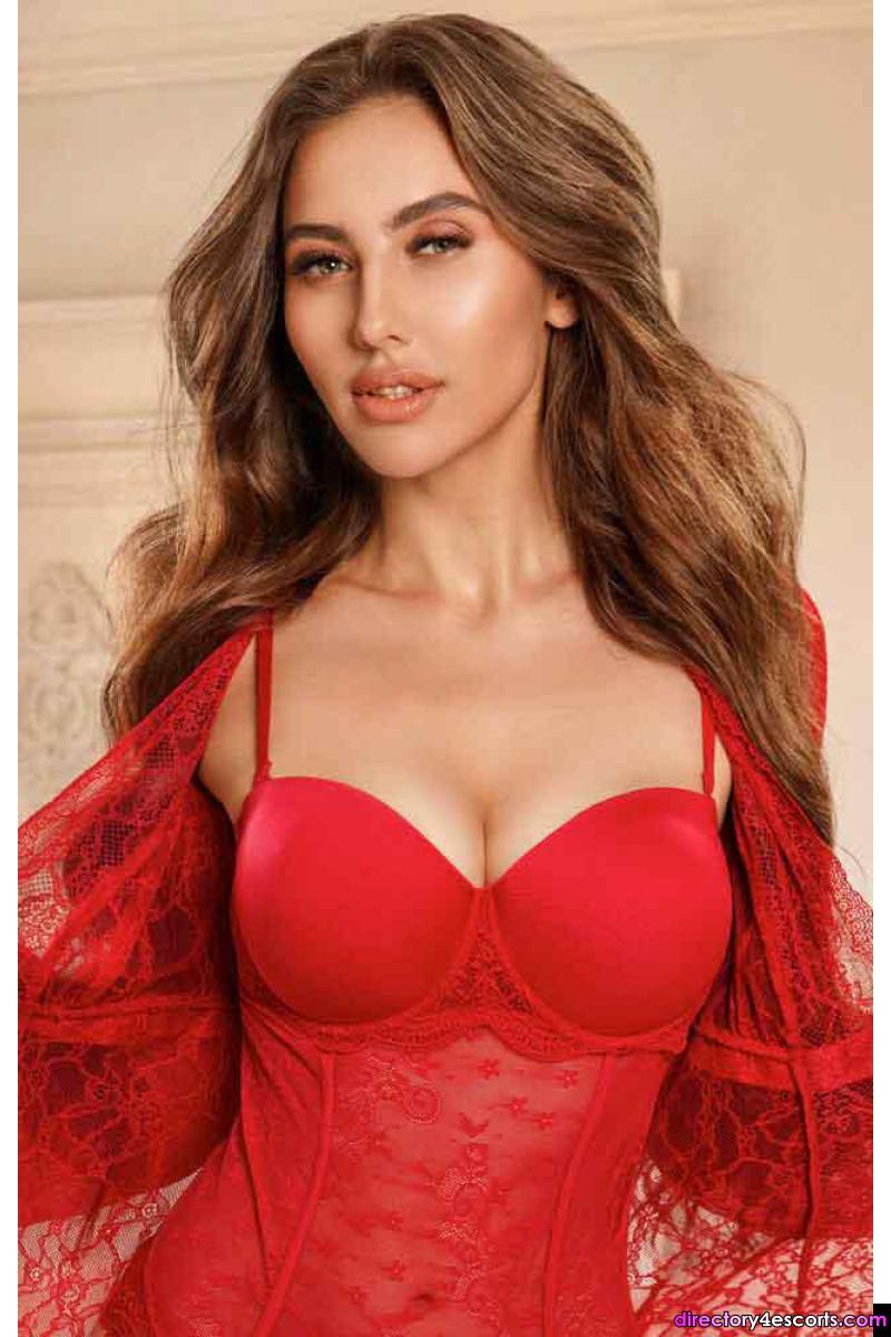 Deana: Flawless Ukrainian beauty and charm