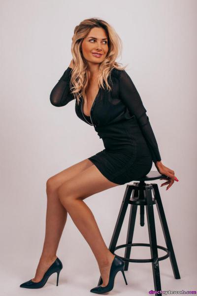 Iraklia: Blonde Russian London Escort in Kensington