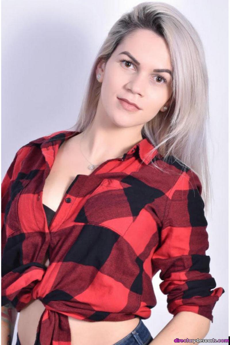 Cariena: Hot Blonde London Escort in Earls Court