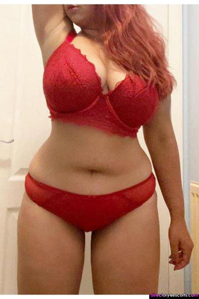 Layla high-class young Indian escort