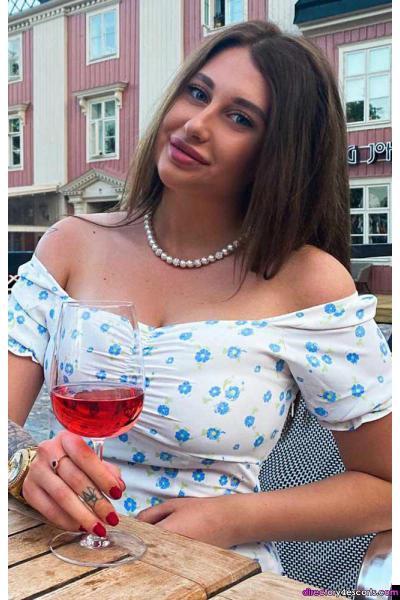 Alfia: Russian London Escort in Knightsbridge