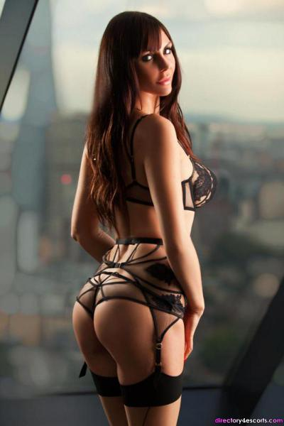 NAUGHTY HERTFORDSHIRE ESCORTS