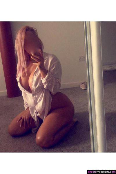 Frankie- Cheap and Best Escort in Leeds